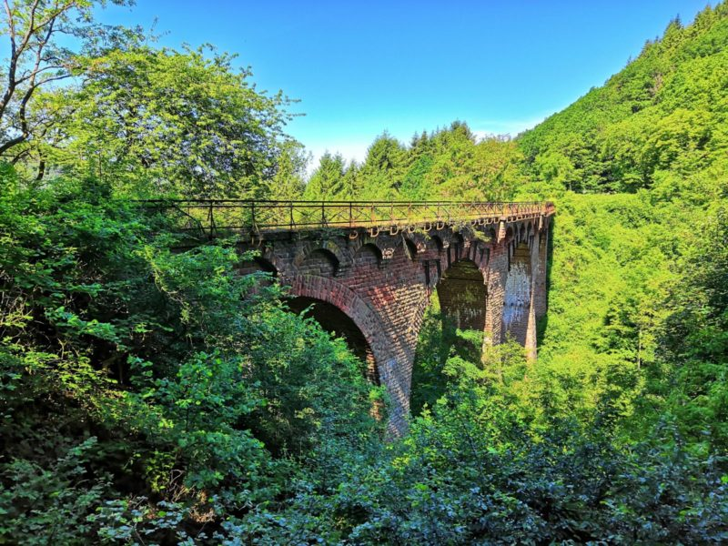 Alte Eisenbahnbrücke am Maare-Mosel-Radweg